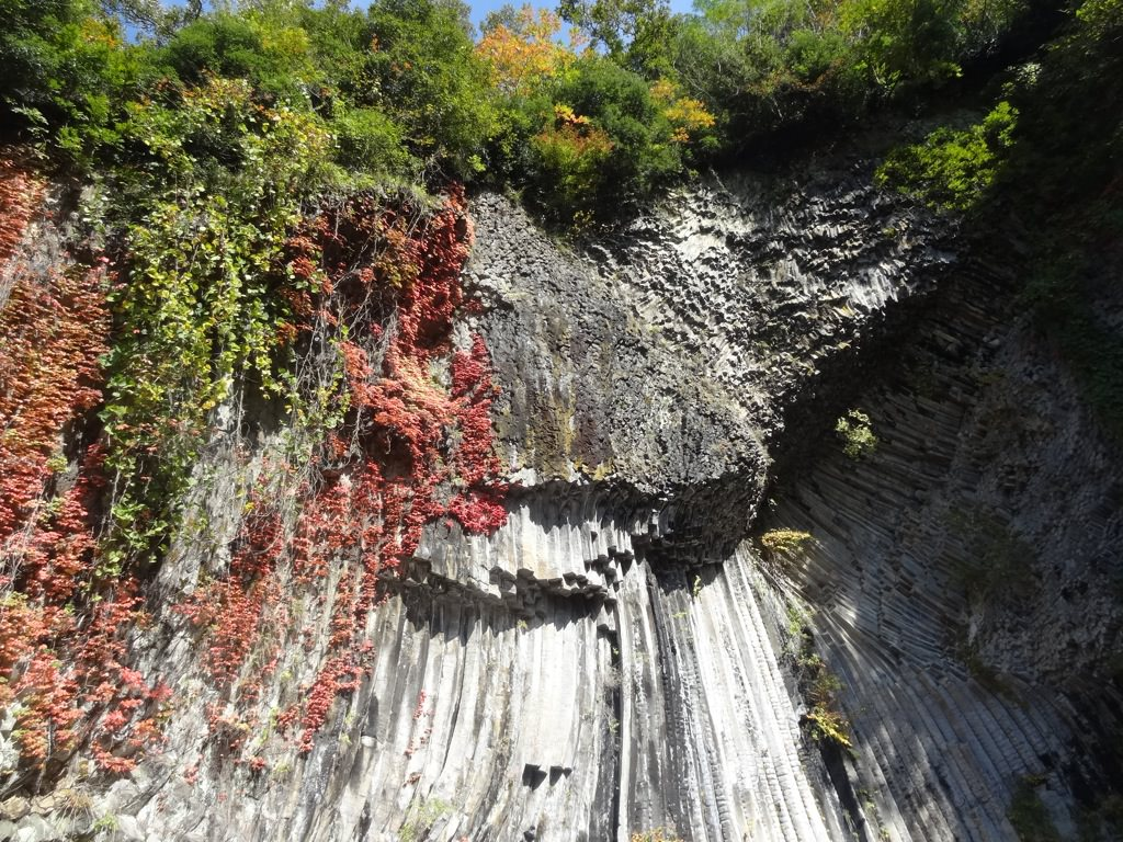 青龍洞と紅葉