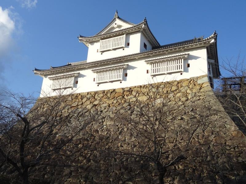 石垣と津山城