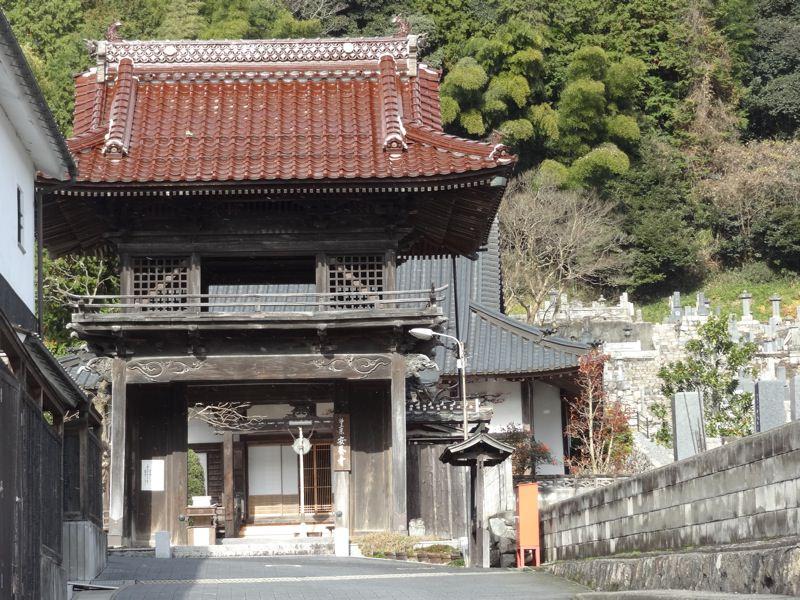 勝山にある安養寺