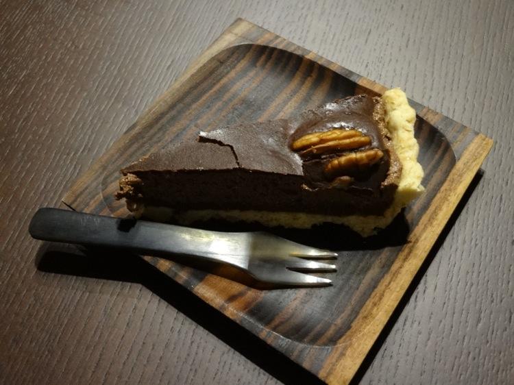 空音遊の夕食 チョコレートケーキ