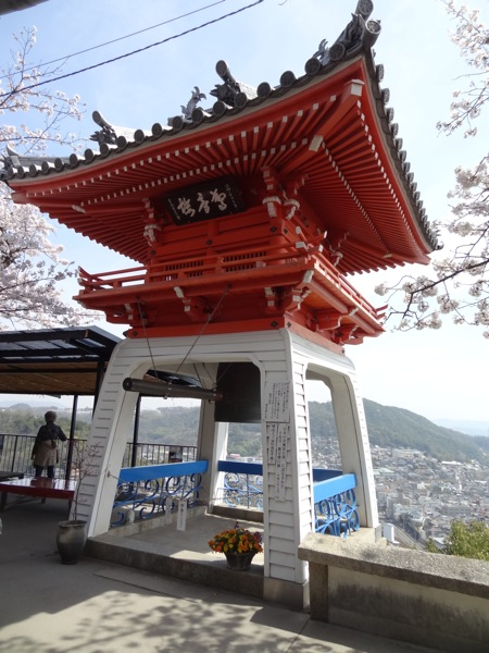 千光寺の鐘つき場