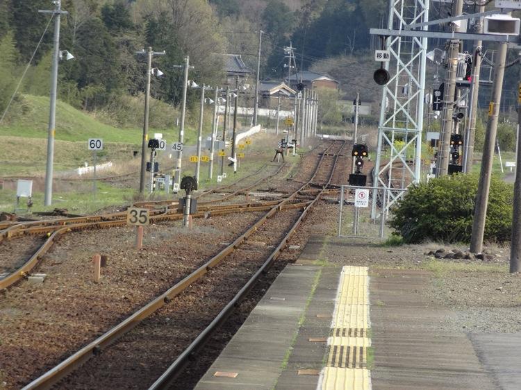 多気駅 田舎の線路