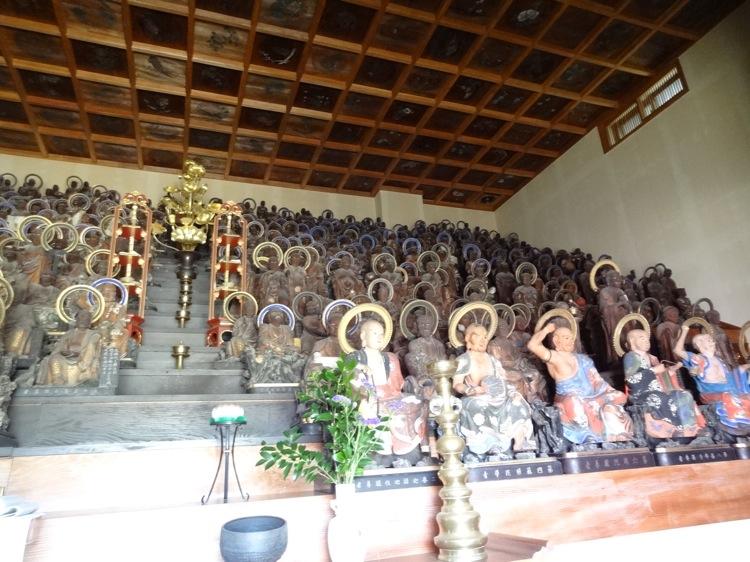 天寧寺の五百羅漢たち