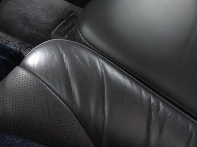 Uberのシートは高級感ある革
