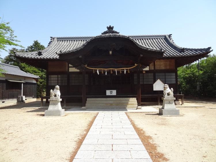 直島の八幡神社の本殿