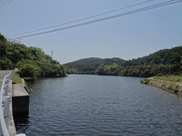 直島の広木池