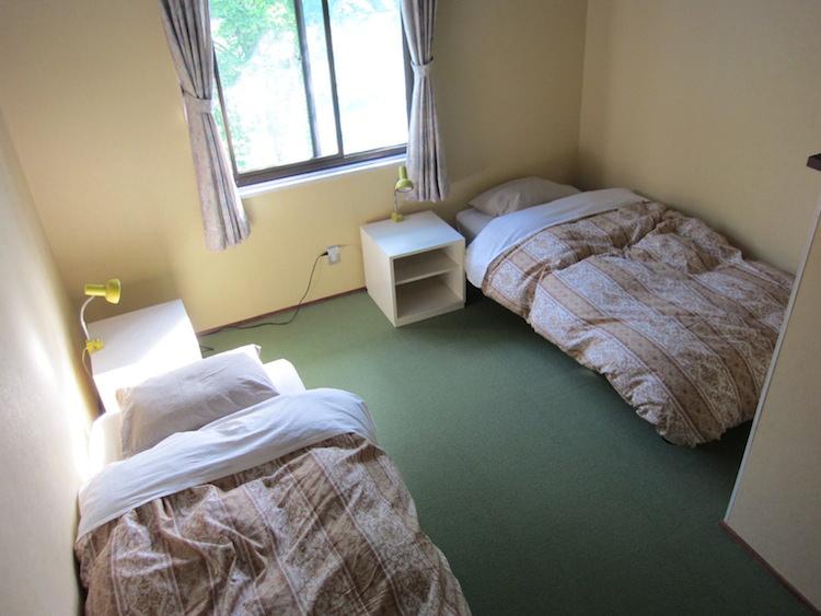 大山バックパッカーズの寝室