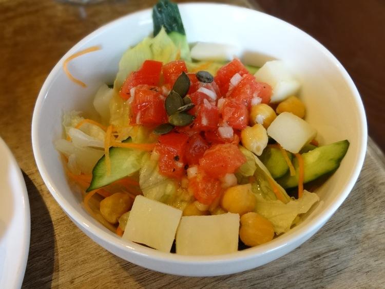 亀時間の朝食サラダ