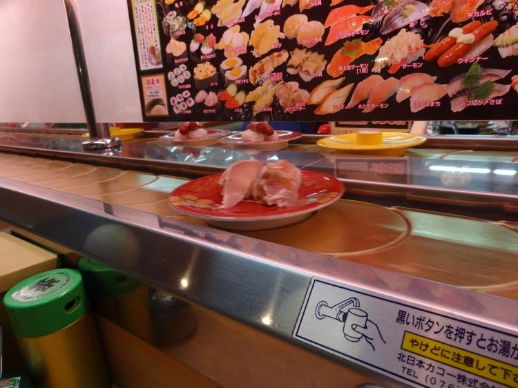 祭り茜店の回転寿司