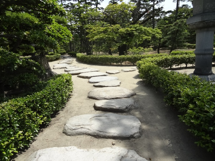 玉藻公園内の庭園