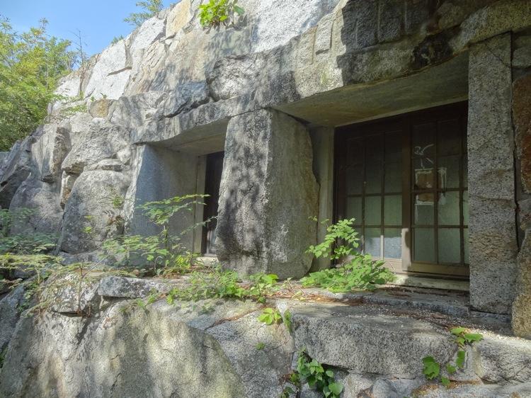 木里神社の壁