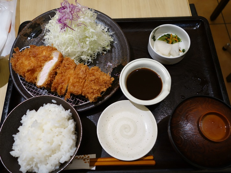 豊橋 和幸の味噌カツ定食