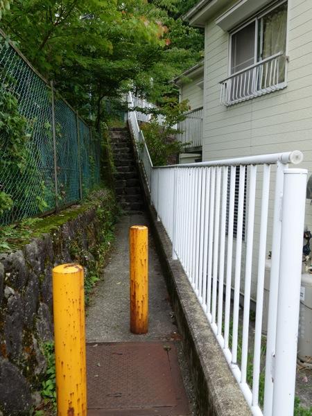 強羅近道の細い道