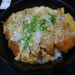 神戸のかつ丼といえば「吉兵衛(よしべい)」
