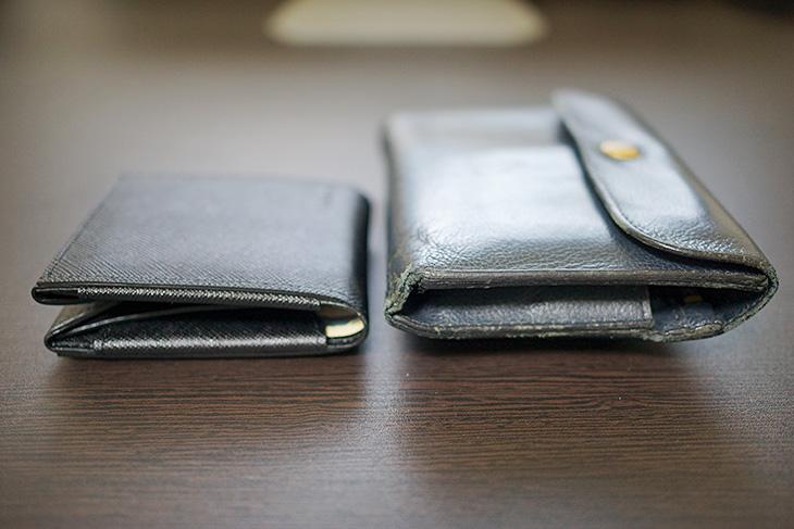 Cartolare(カルトラーレ)のハンモックウォレットと以前の財布との厚み比較