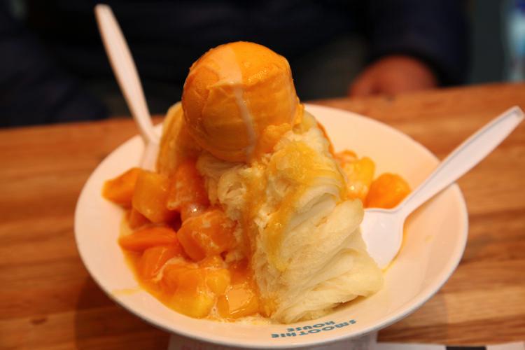 台湾で食べた巨大なかき氷