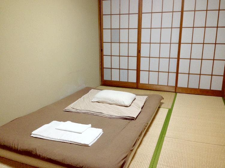 泉ゲストハウス 個室