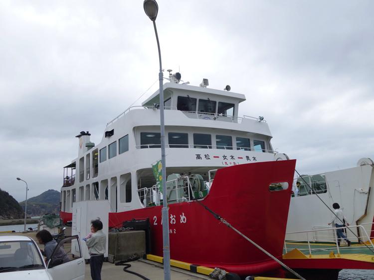 男木島の港