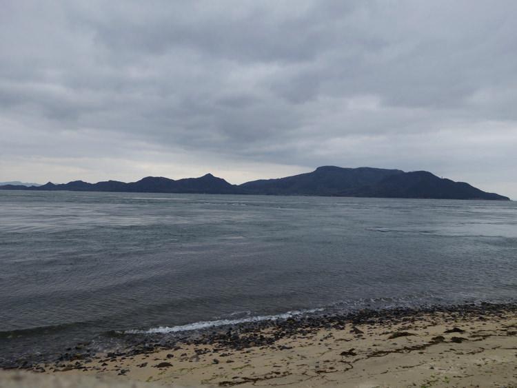 男木島灯台から見る海の景色
