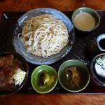 白川郷の蕎麦「脇本」で絶品の飛騨牛ステーキ丼を食べた話【禁煙】
