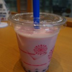 JR高岡駅2Fの「KAWASE Cafe」でストロベリーのタピオカドリンクが美味しかった話