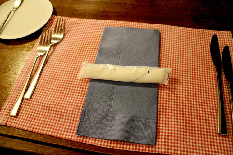 アププレ テーブルの上