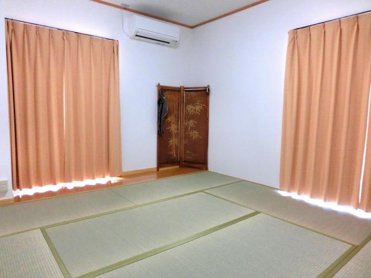 ゲストハウスふぁむすとんの和室②