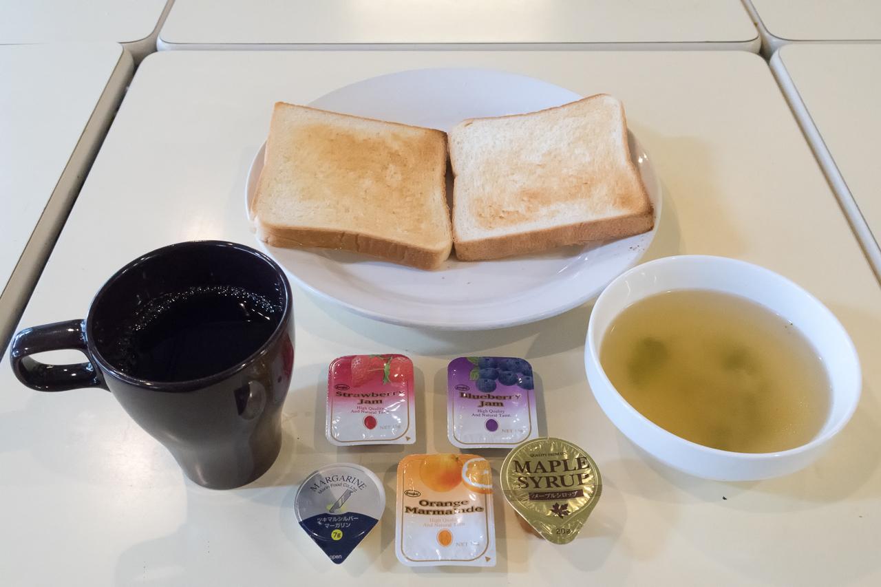 サクラホステル浅草朝食の様子