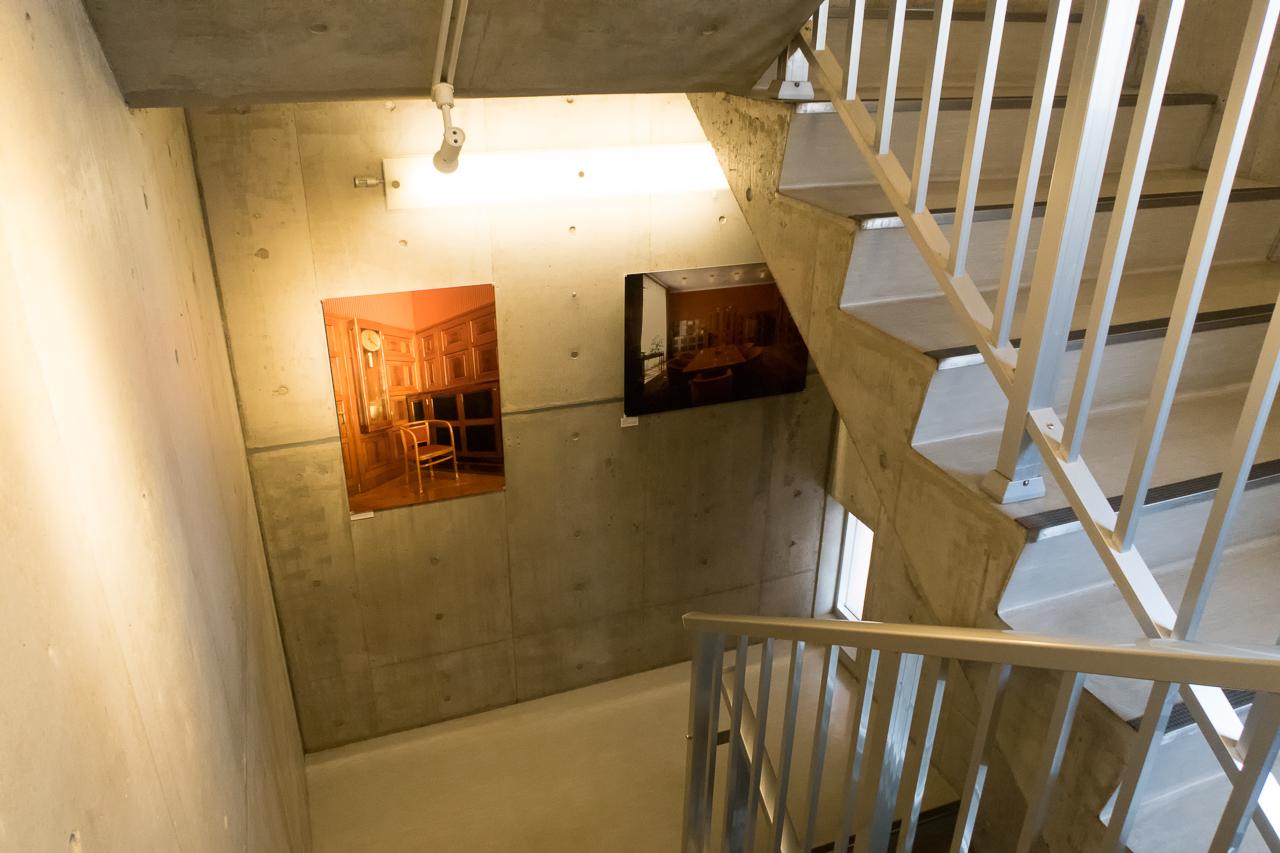 サクラホステル浅草階段ギャラリー