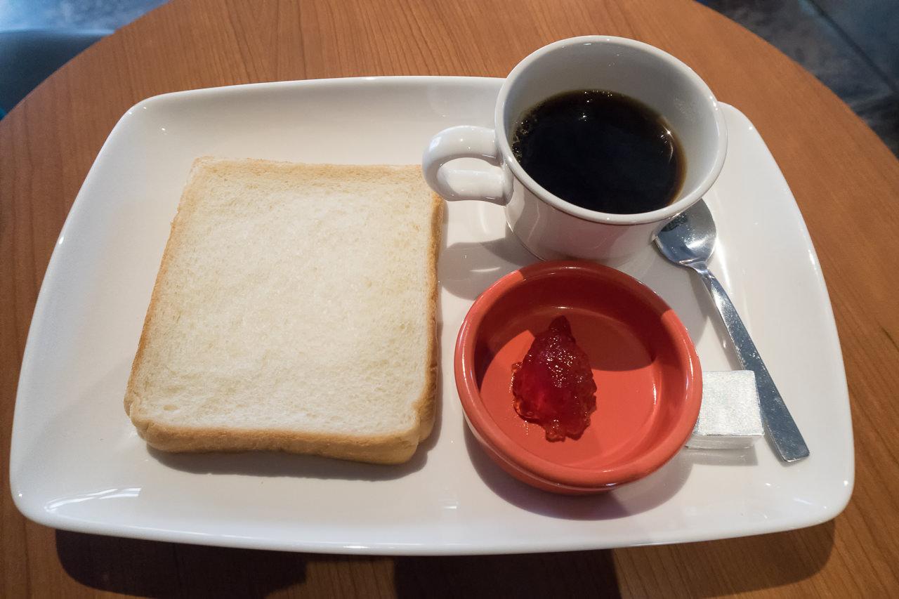 グリッズ秋葉原の朝食セット