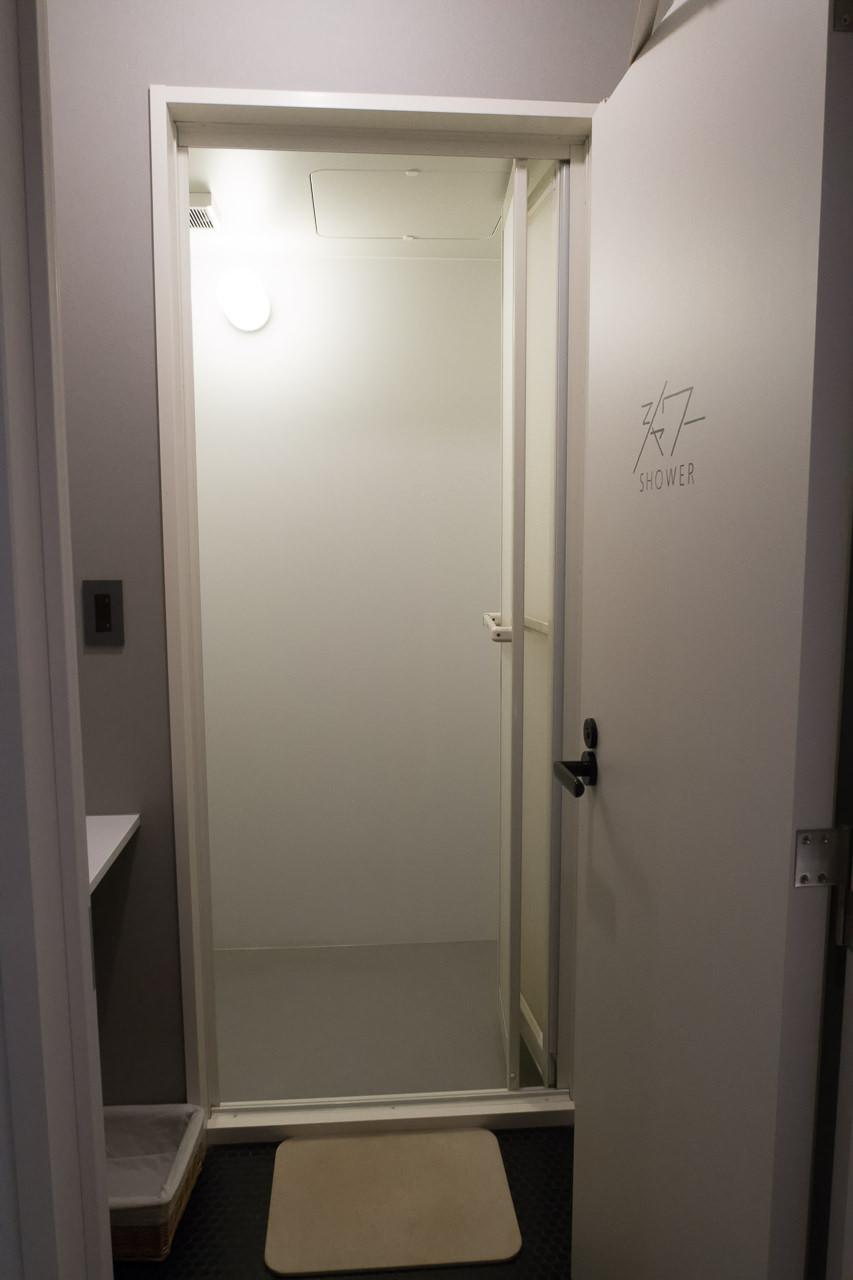 imanoシャワー室