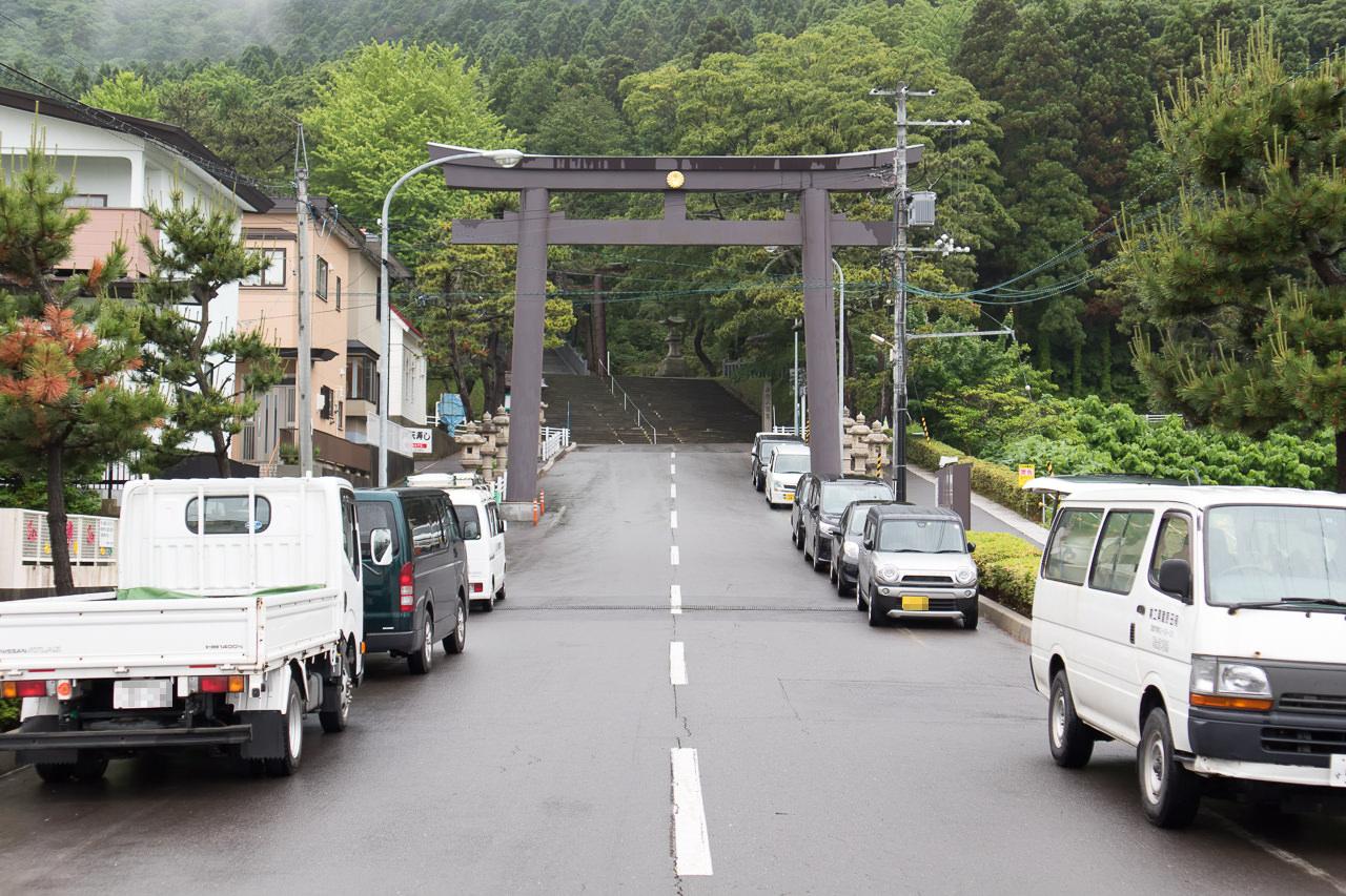 函館ゲストハウスApple近くの函館八幡宮