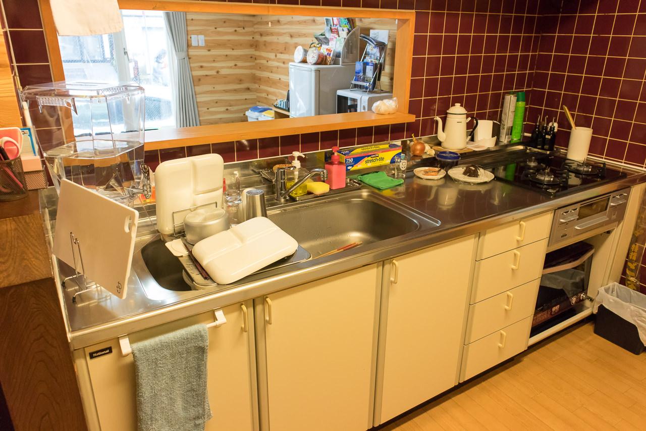 函館ゲストハウスAppleのキッチン