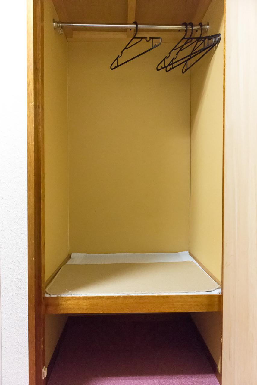 函館ペリーハウス部屋の収納スペース