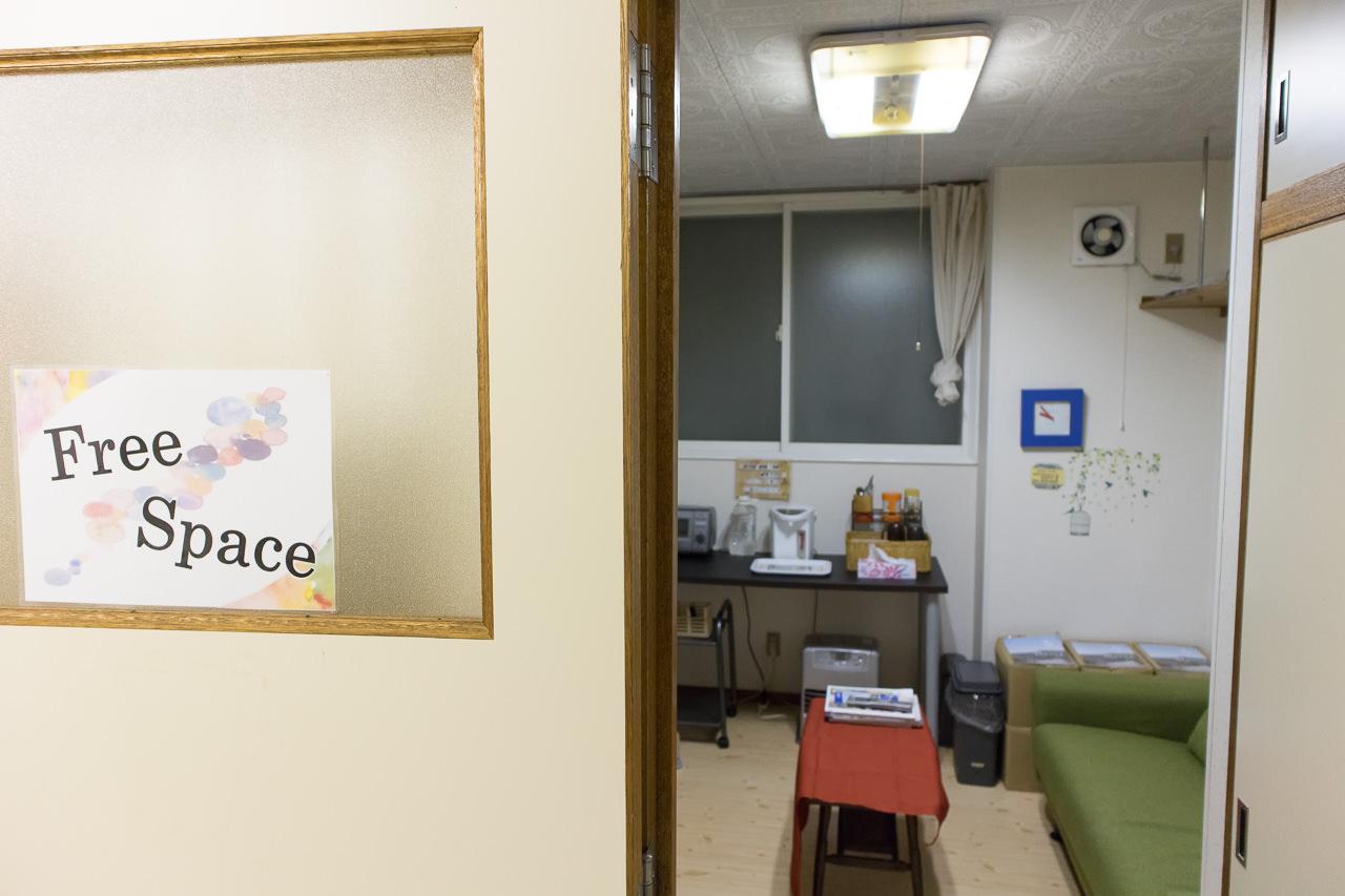 函館ペリーハウス1階のフリースペース入口