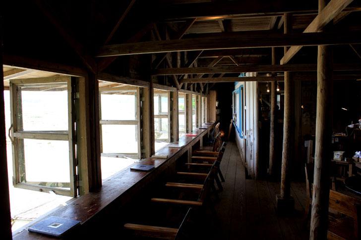 浜辺の茶屋 室内カウンター席