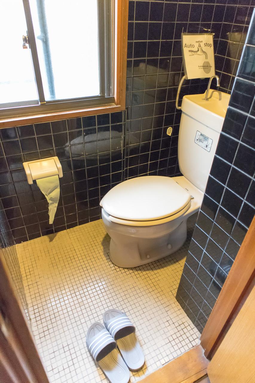 Haru-Hotel1階のトイレ