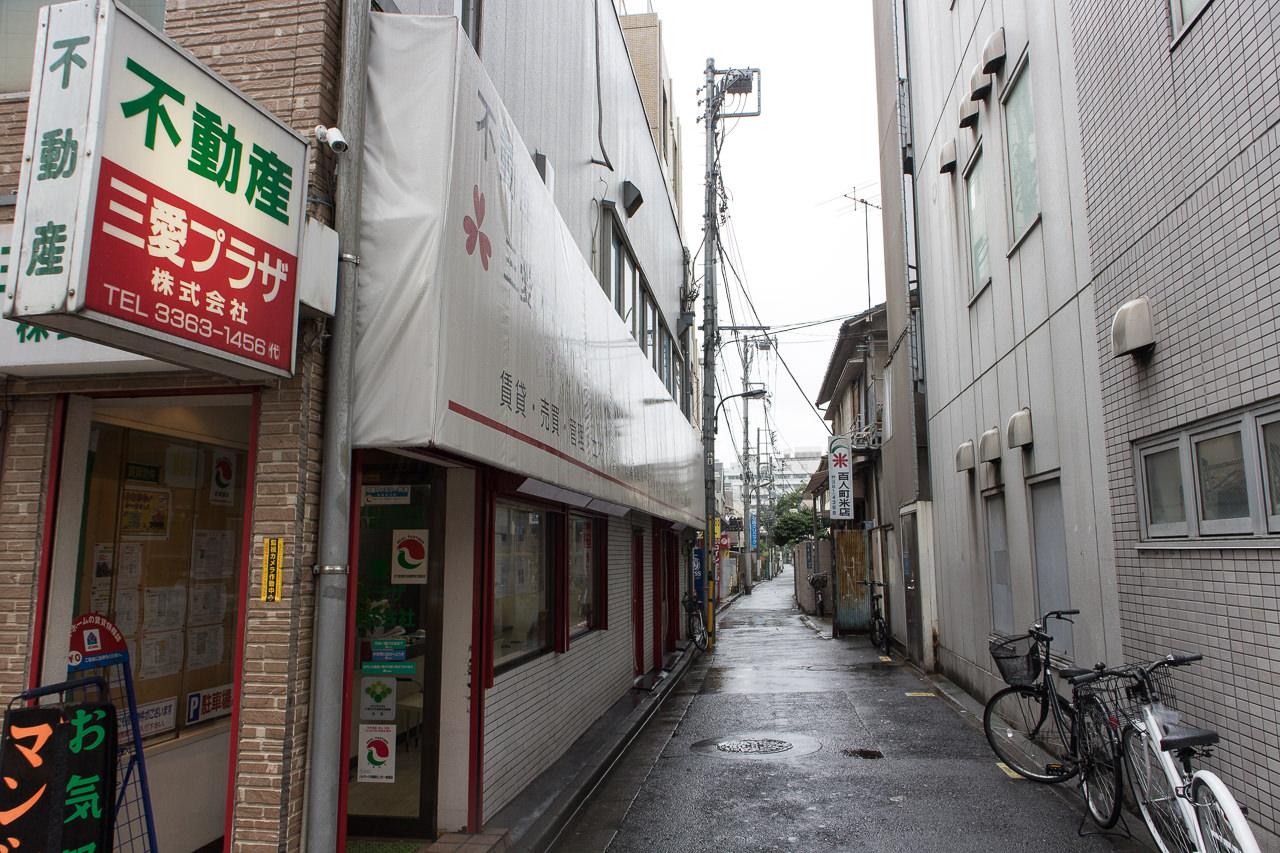 Haru-Hotelへの行き方ー路地を入る