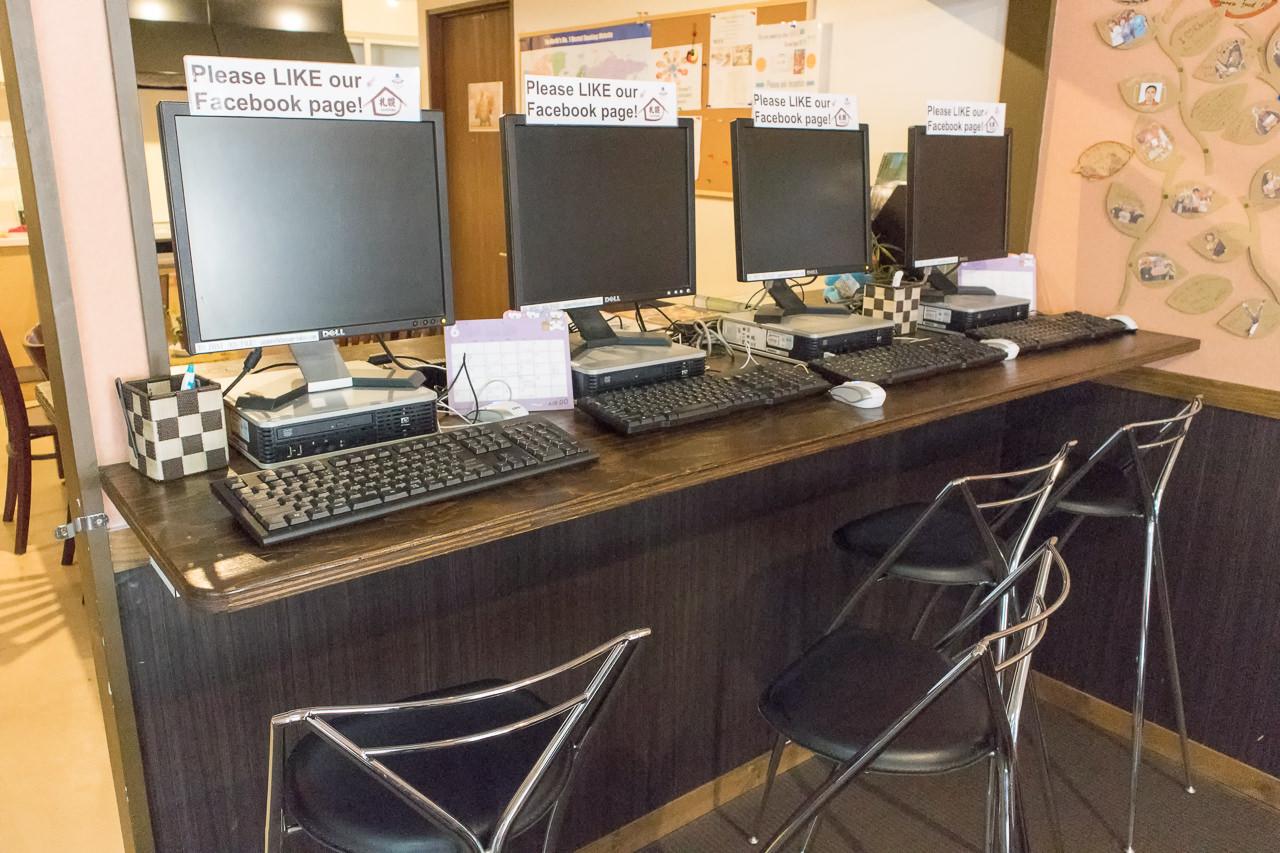 カオサン札幌の共有パソコン