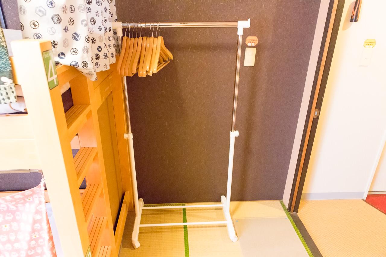 カオサン札幌の部屋のハンガー