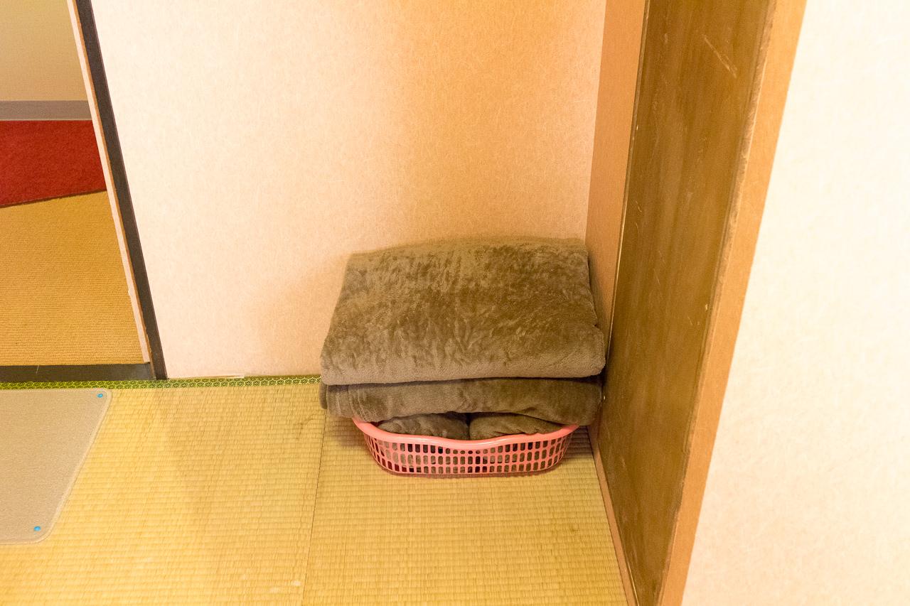 カオサン札幌の部屋の毛布