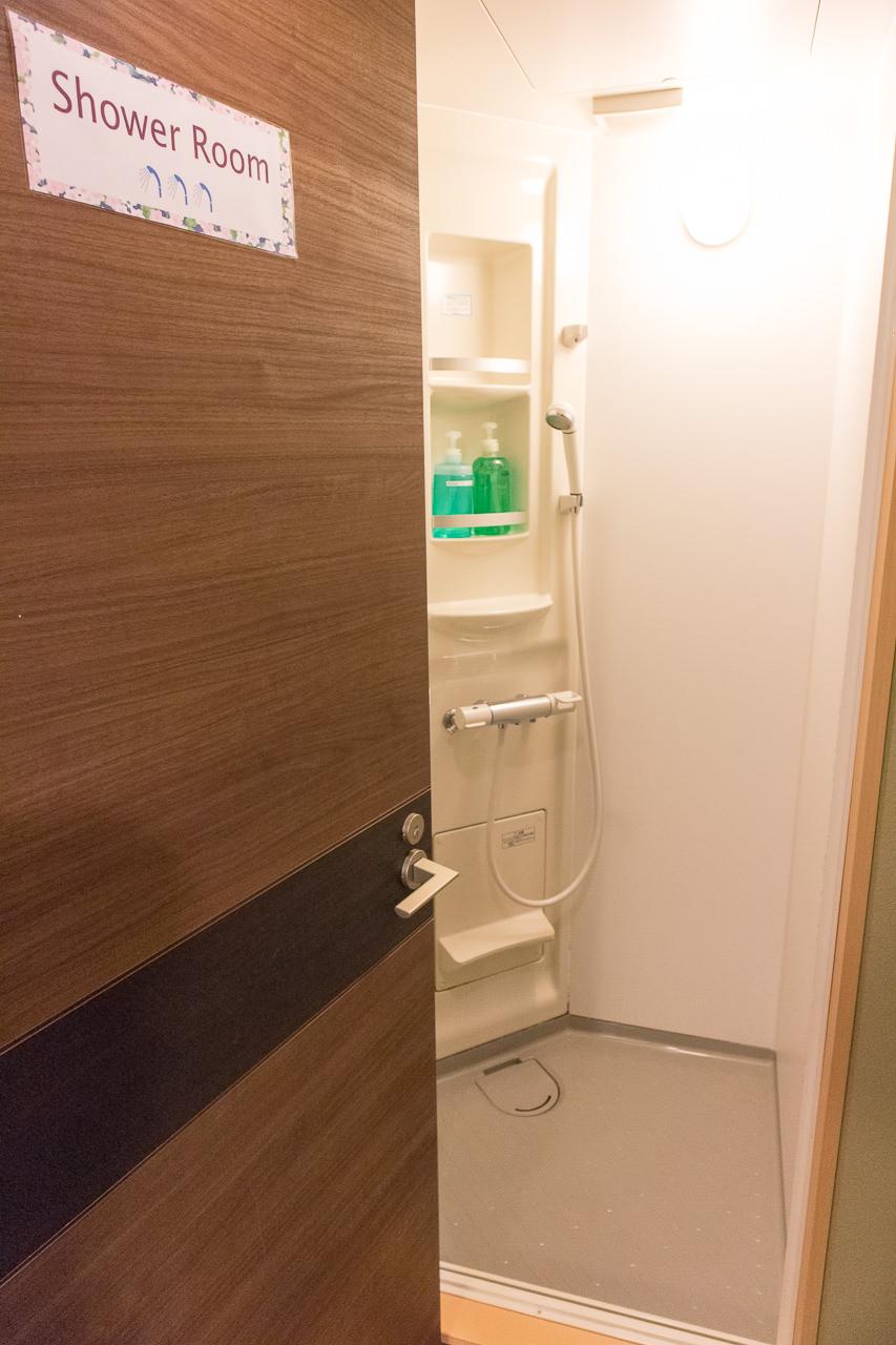 カオサン札幌のシャワールーム