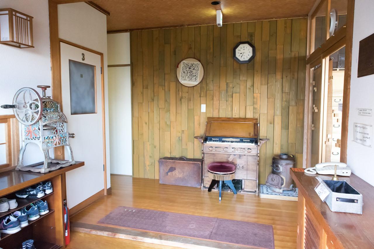 函館山ゲストハウスの玄関の様子