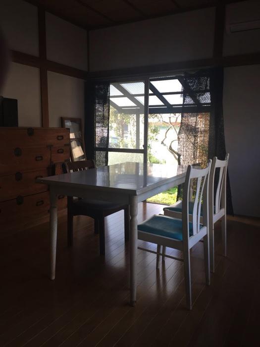 古民家ゲストハウス&カフェ「臼杵家」の居間