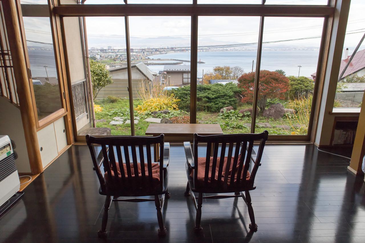 函館山ゲストハウス 共有スペースからの眺め