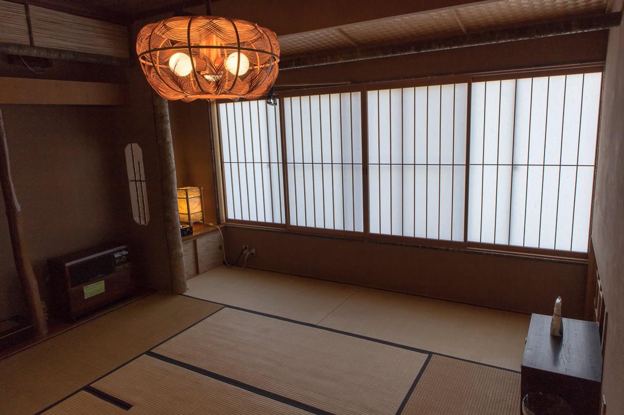函館山ゲストハウス 和室