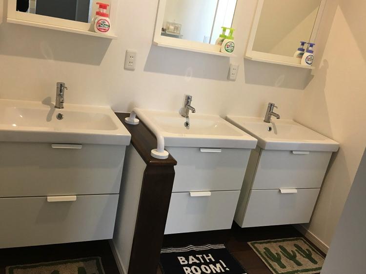 シロノシタゲストハウスの2F洗面台