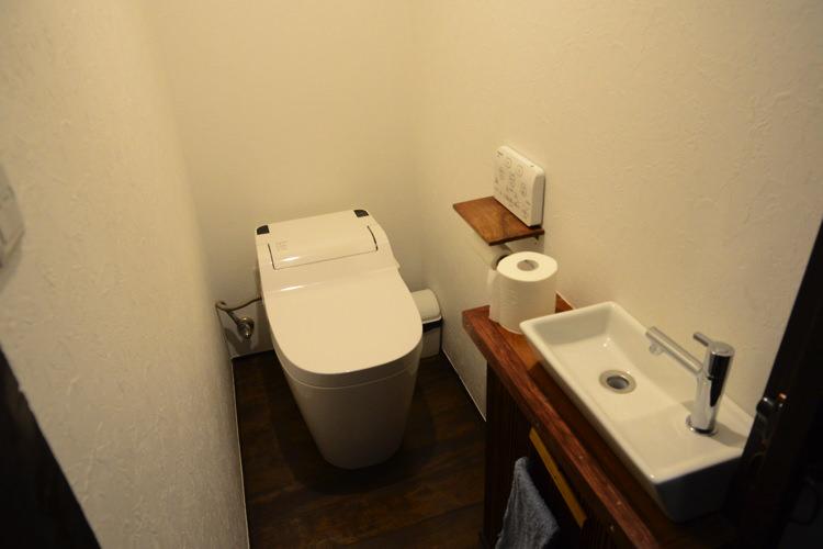 ゲストハウス&バー 人参のトイレ