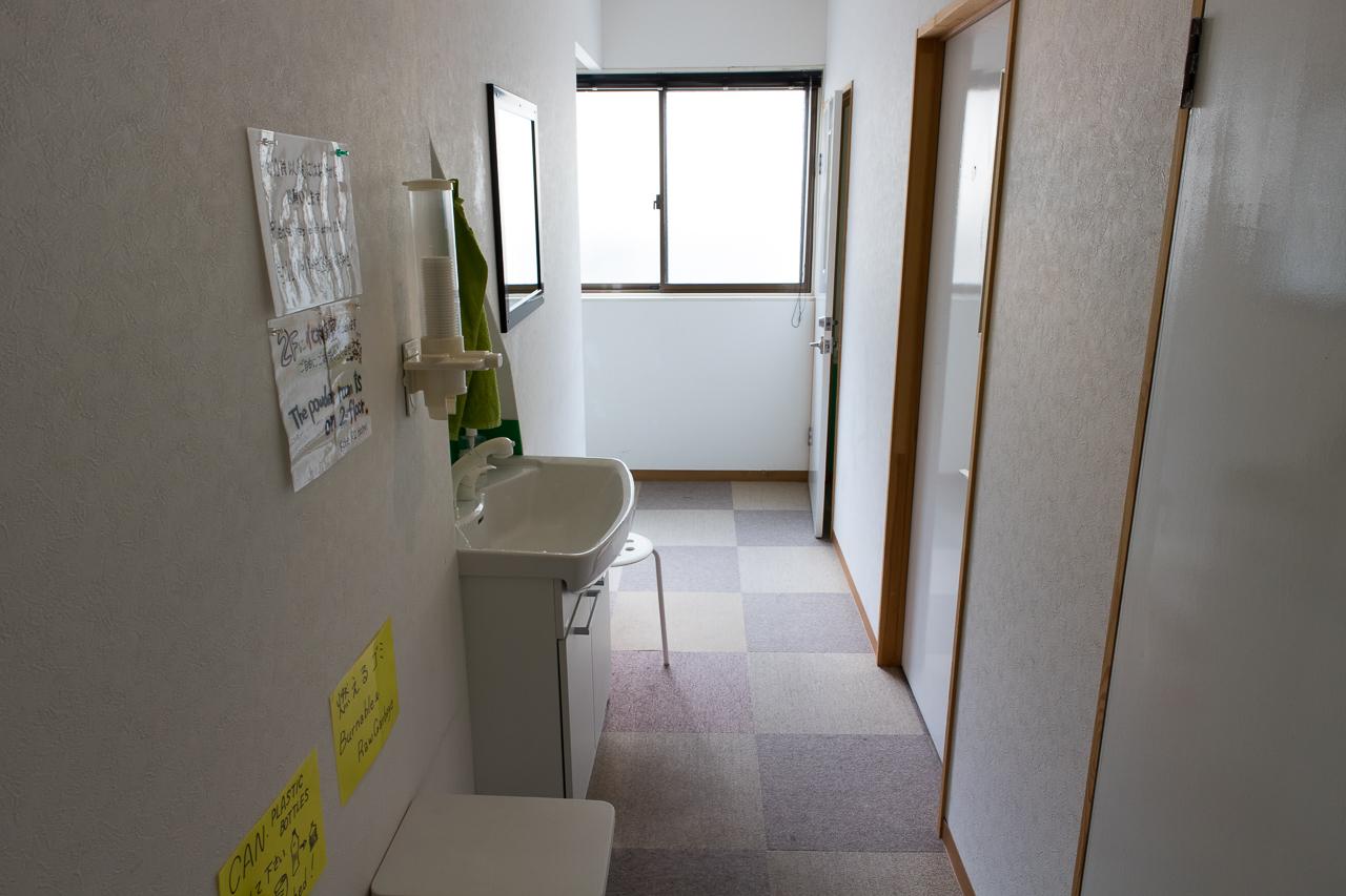神戸三宮R2ホステル・3階の廊下