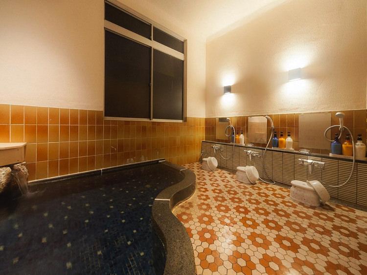 温泉ゲストハウス翠鳩の巣の女性浴場